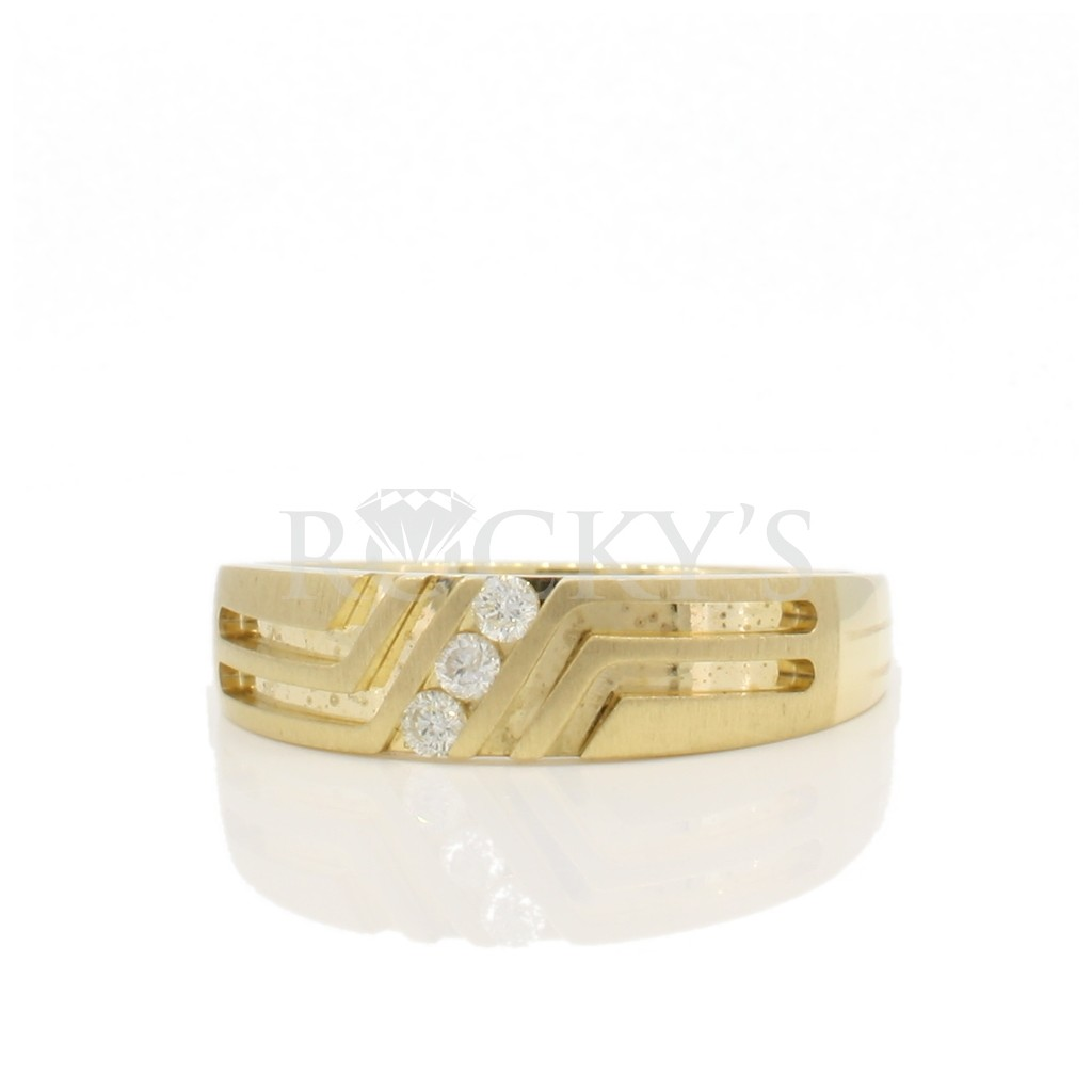 Men's wedding band 0.10 carats
