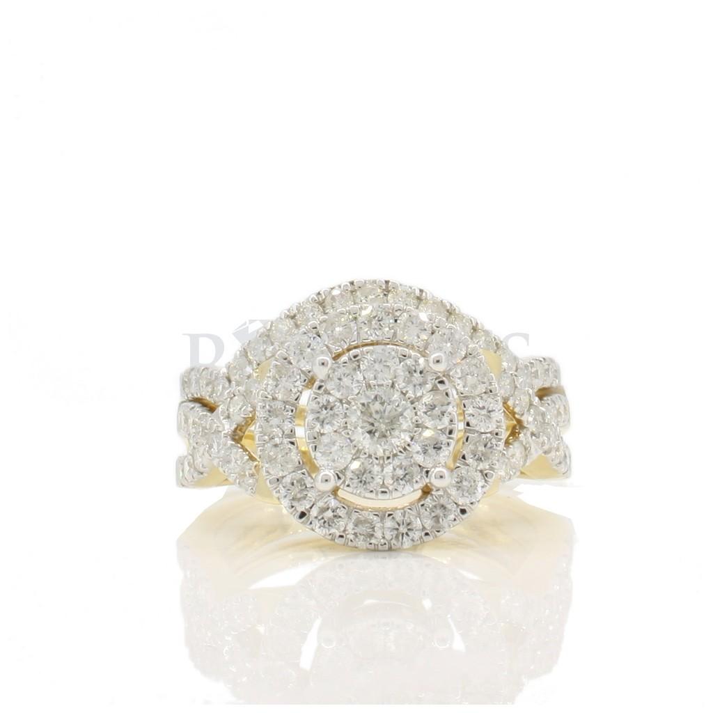 Diamond ring with 1.50 carat.