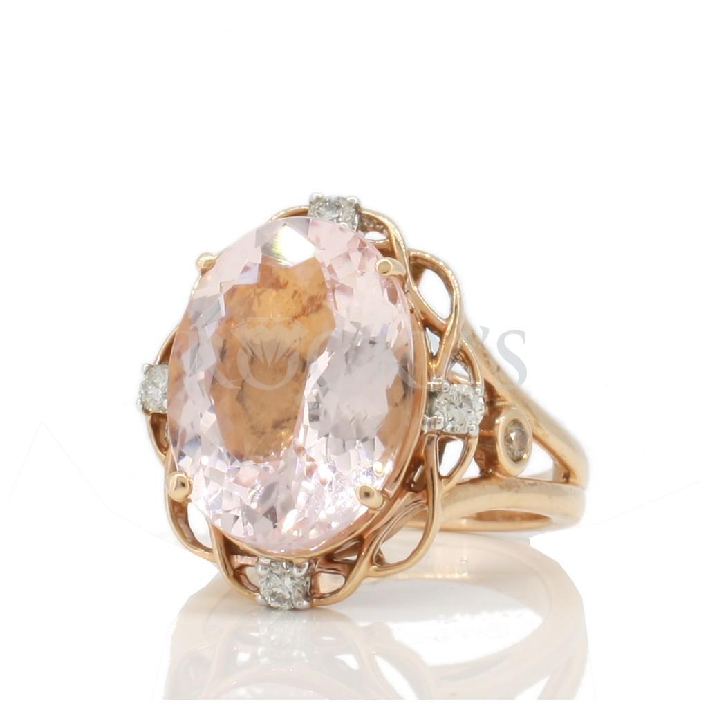 Morganite ring with 8.60 carats