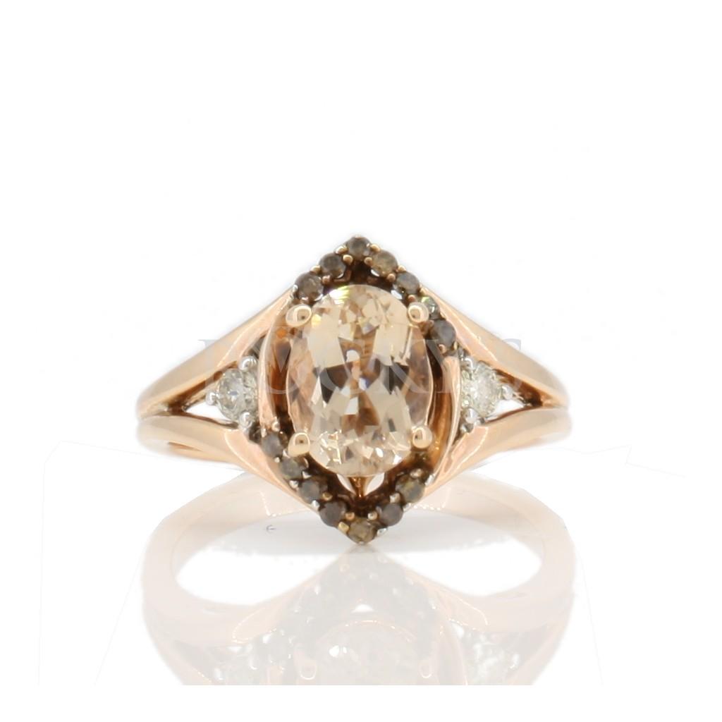 Morganite ring with 1.63 carats
