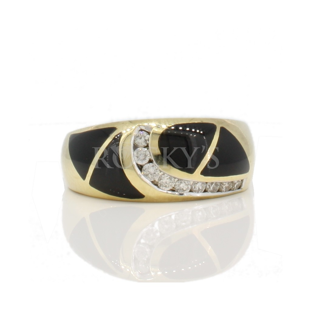 14k onyx ring and diamonds with 0.24 carats