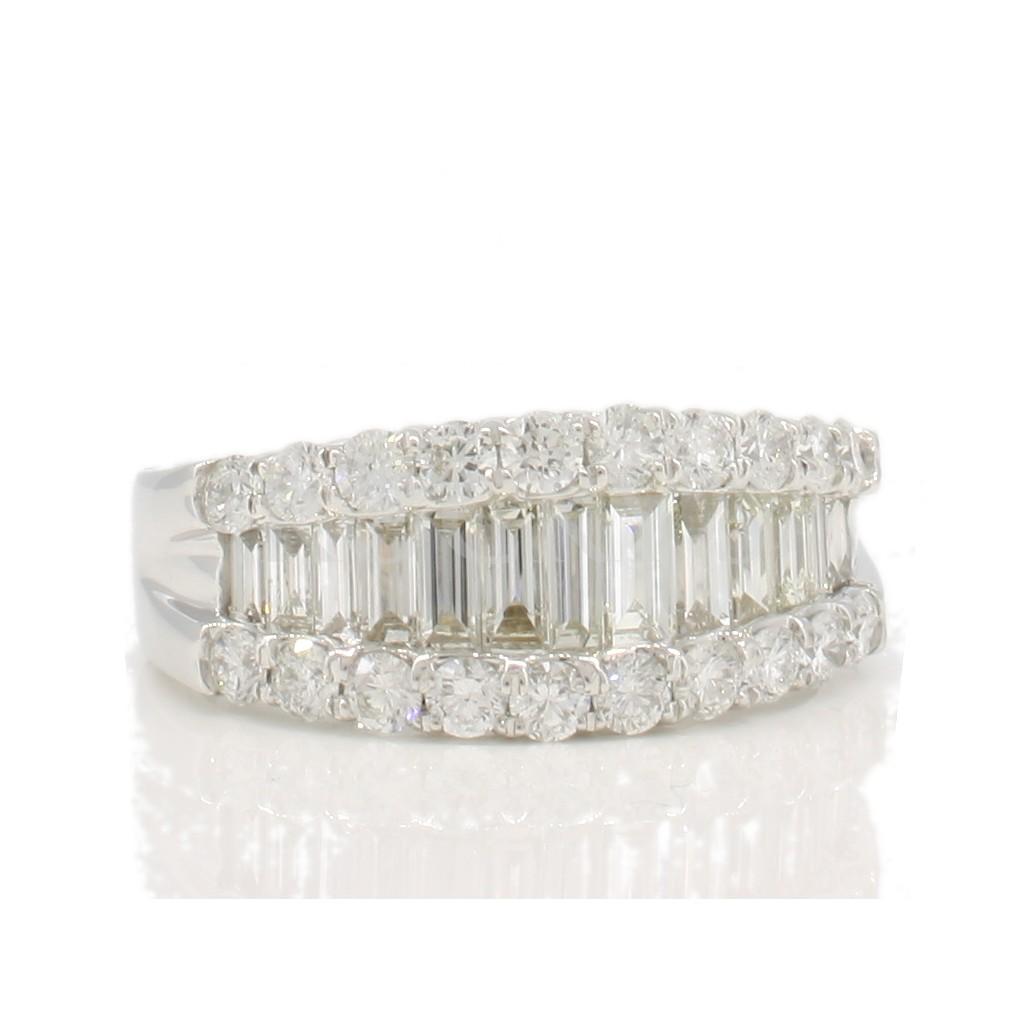 Diamond band with 1.94 carat