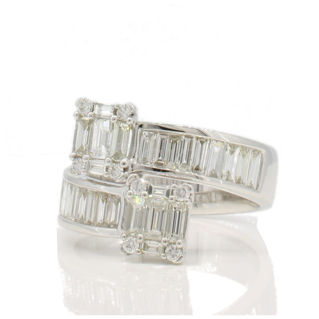 Baguette Diamond ring with 1.66 carat
