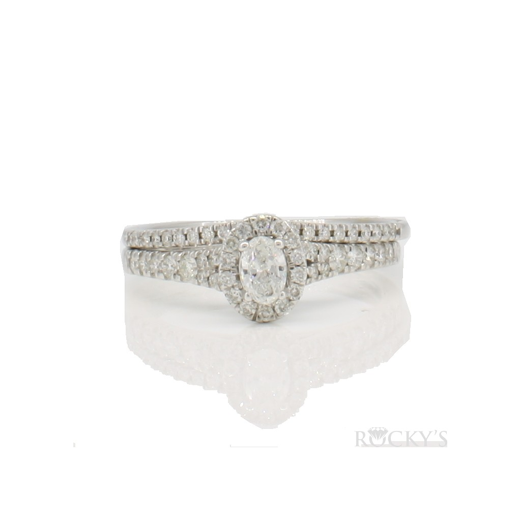 14k white gold engagement ring with 0.50 carat