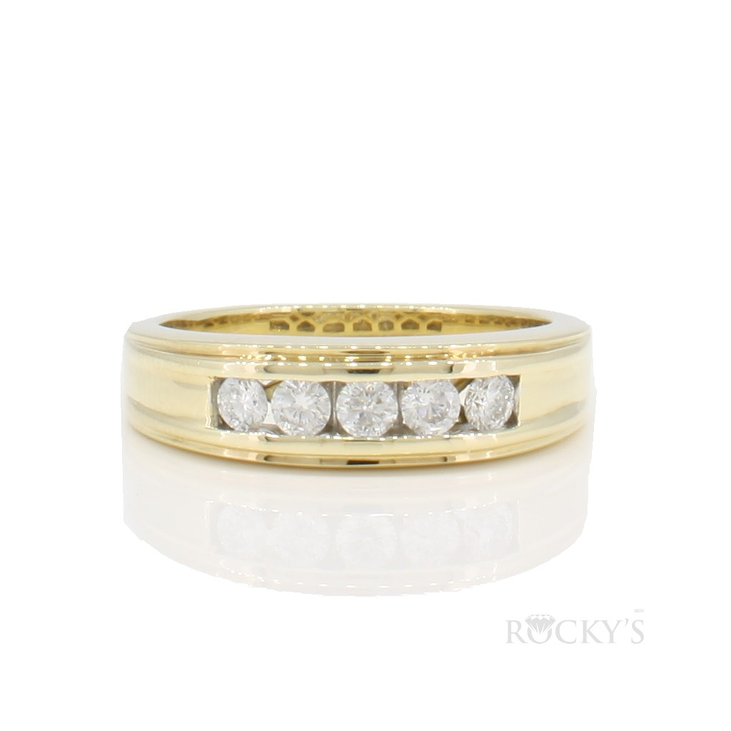 14k yellow gold men's wedding band with 0.50ct