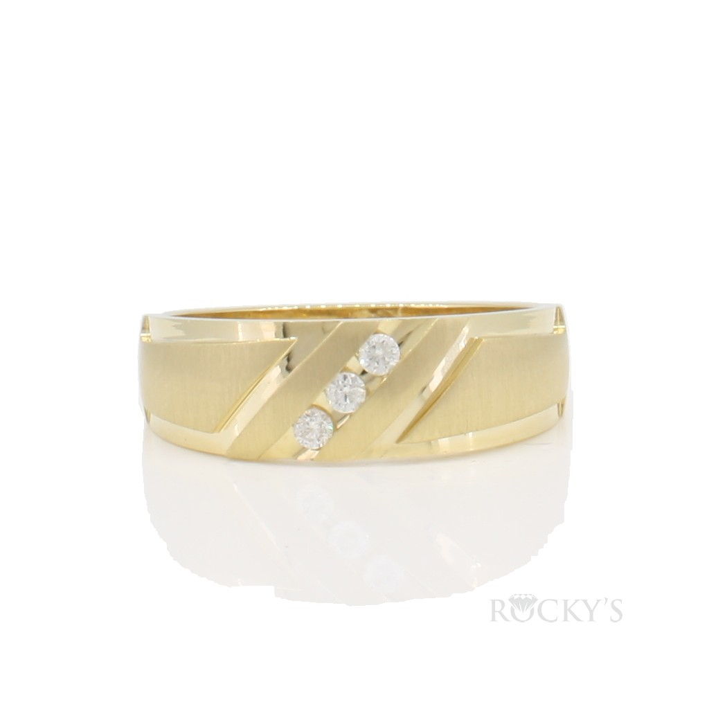 14k yellow gold diamonds wedding band for men with 0.10ct