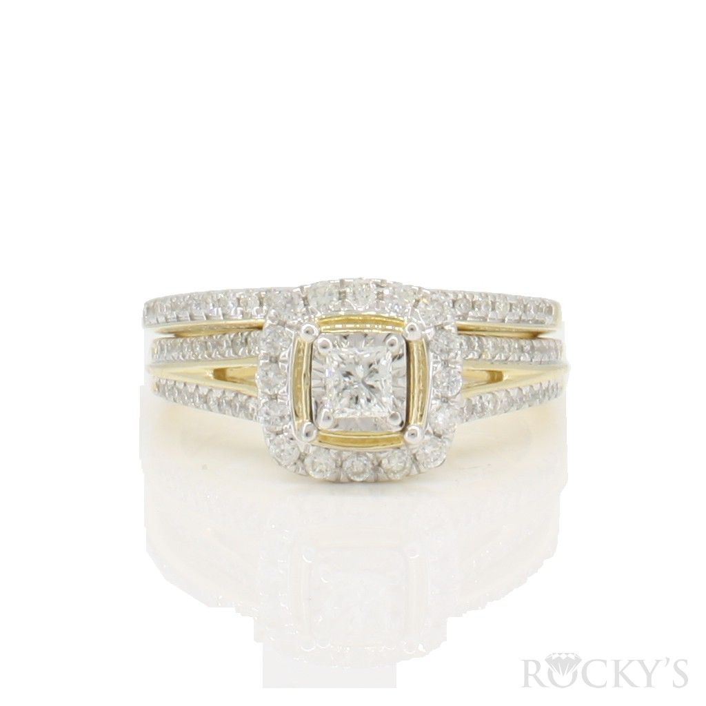 14k yellow gold engagement diamond ring with 0.62ct