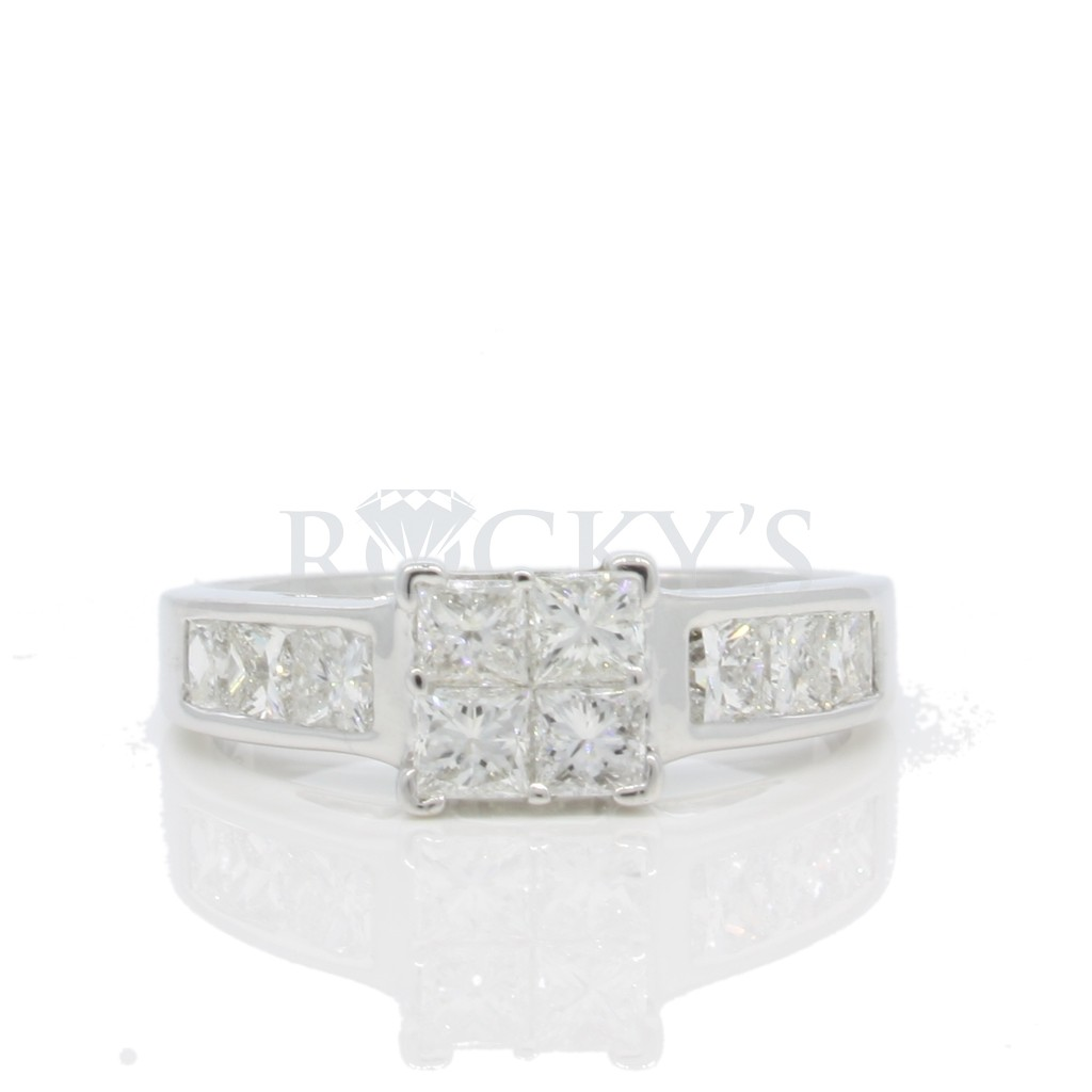 Diamond ring set in 14k white gold with 1.75ct