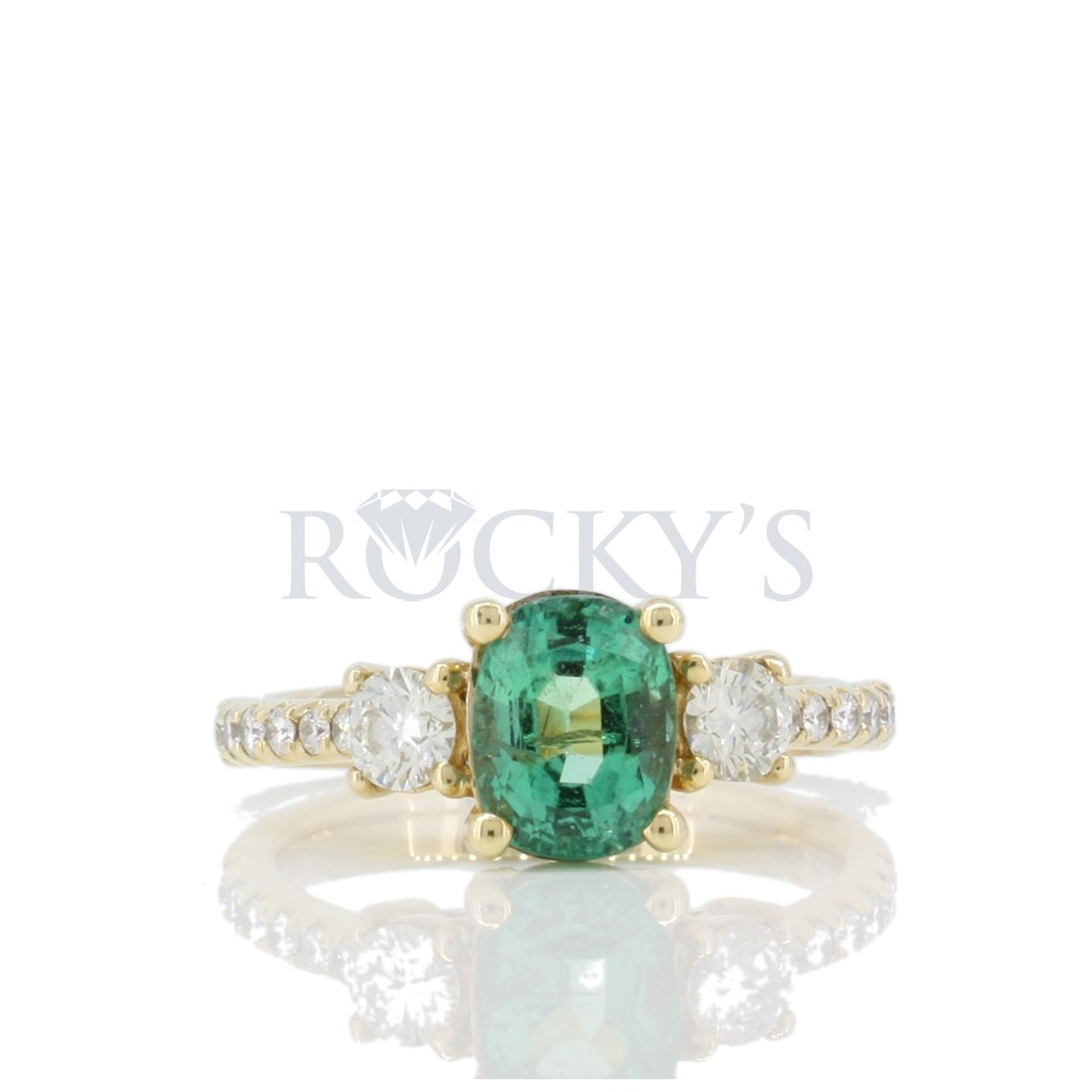 Emerald Ring with 2.17 Carat