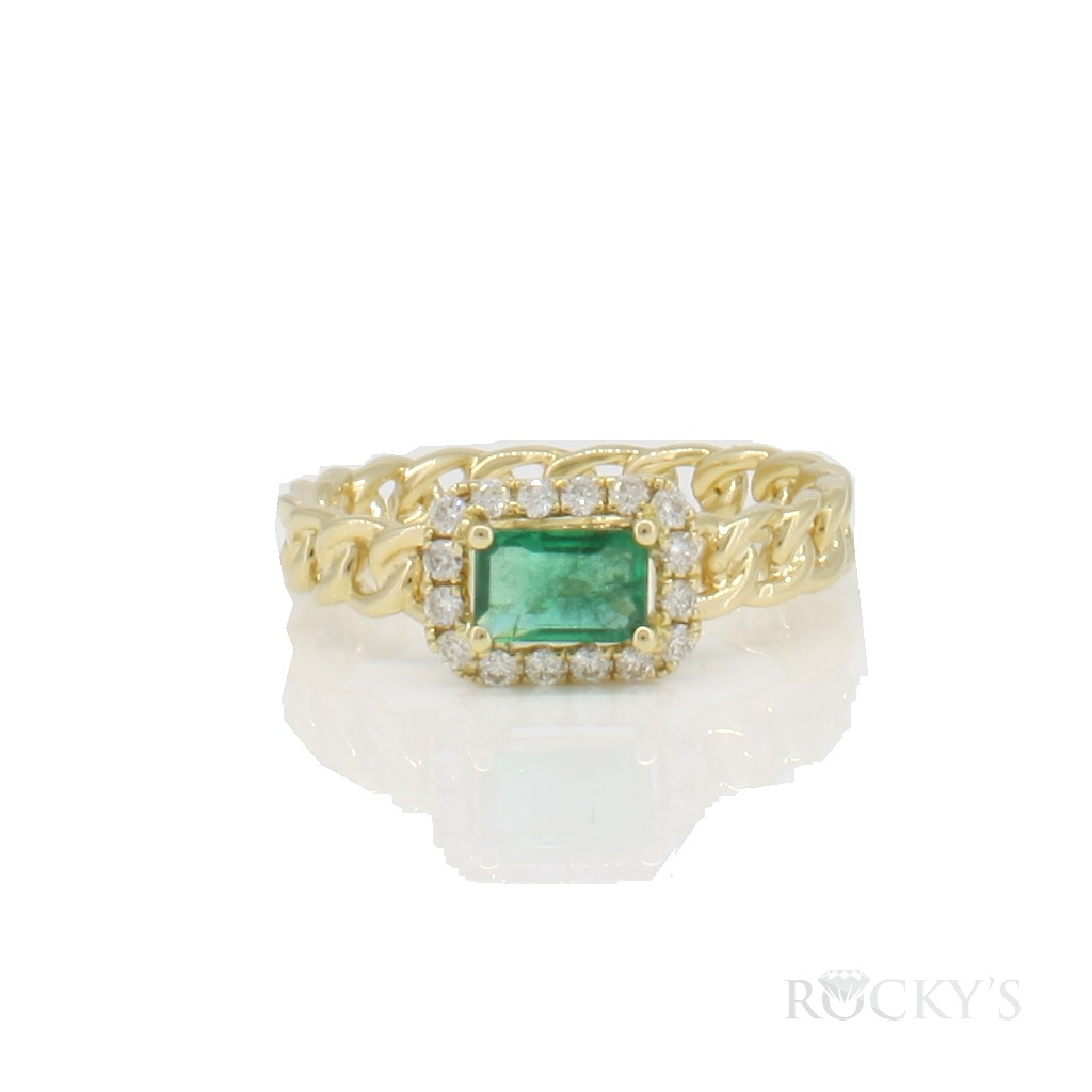 14k yellow gold emerald ring with 0.63ct