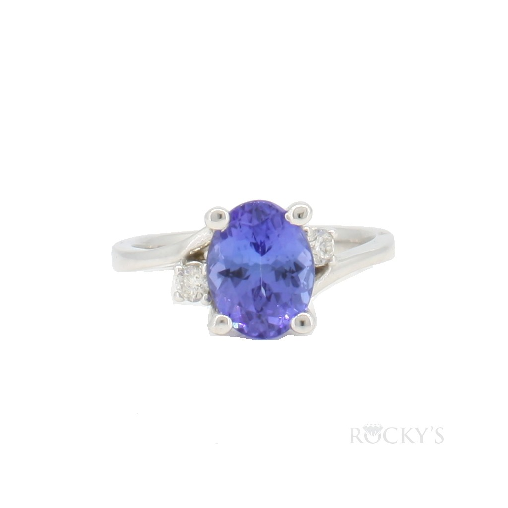Tanzanite and diamonds ring set in 14k white gold with 2.22ct