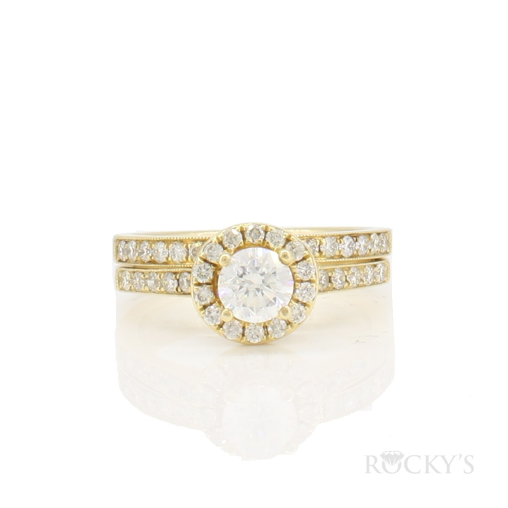 14k yellow gold engagement diamond ring with 0.99ct