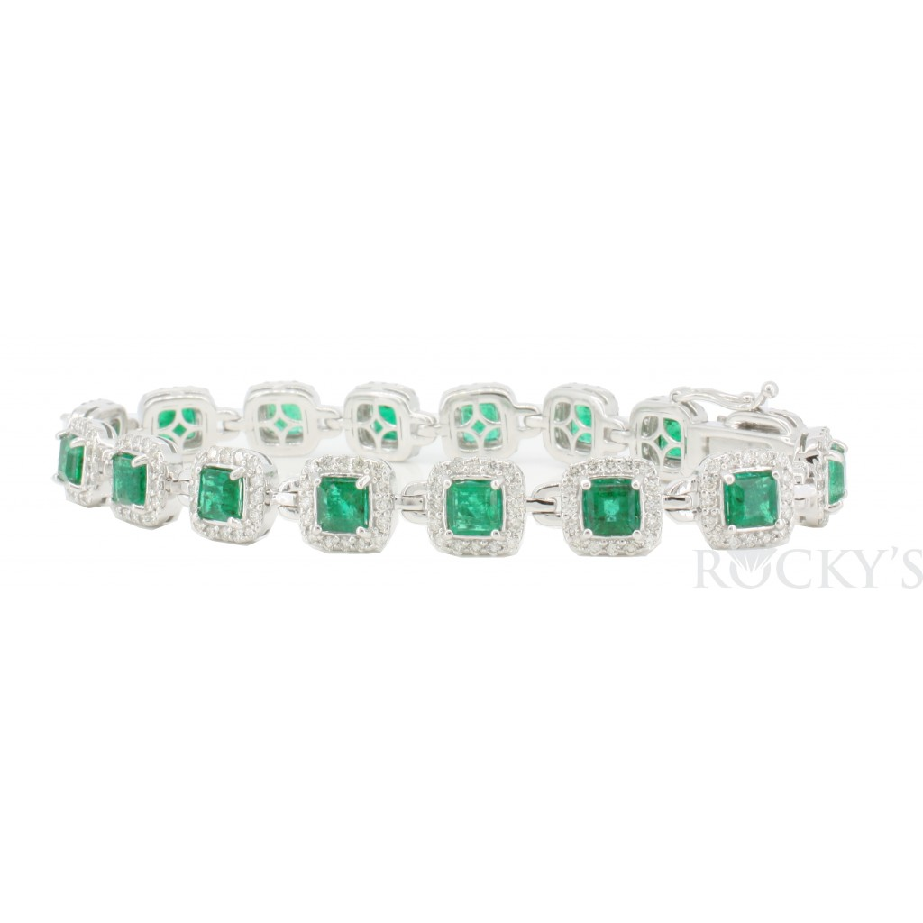14k white gold emerald and diamond bracelet with 9.07ct