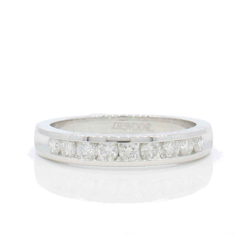 14k white gold wedding band with 0.27ct